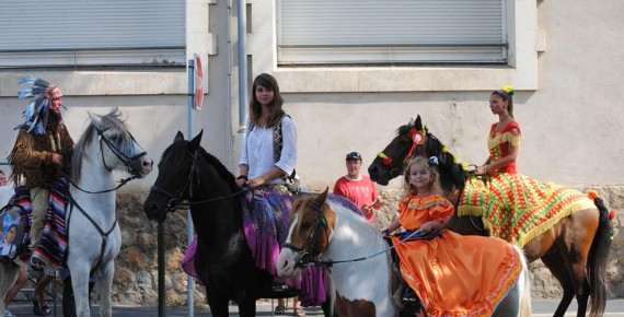 Blessing of horses (St Roch's Day) parade dressed in Sérignan